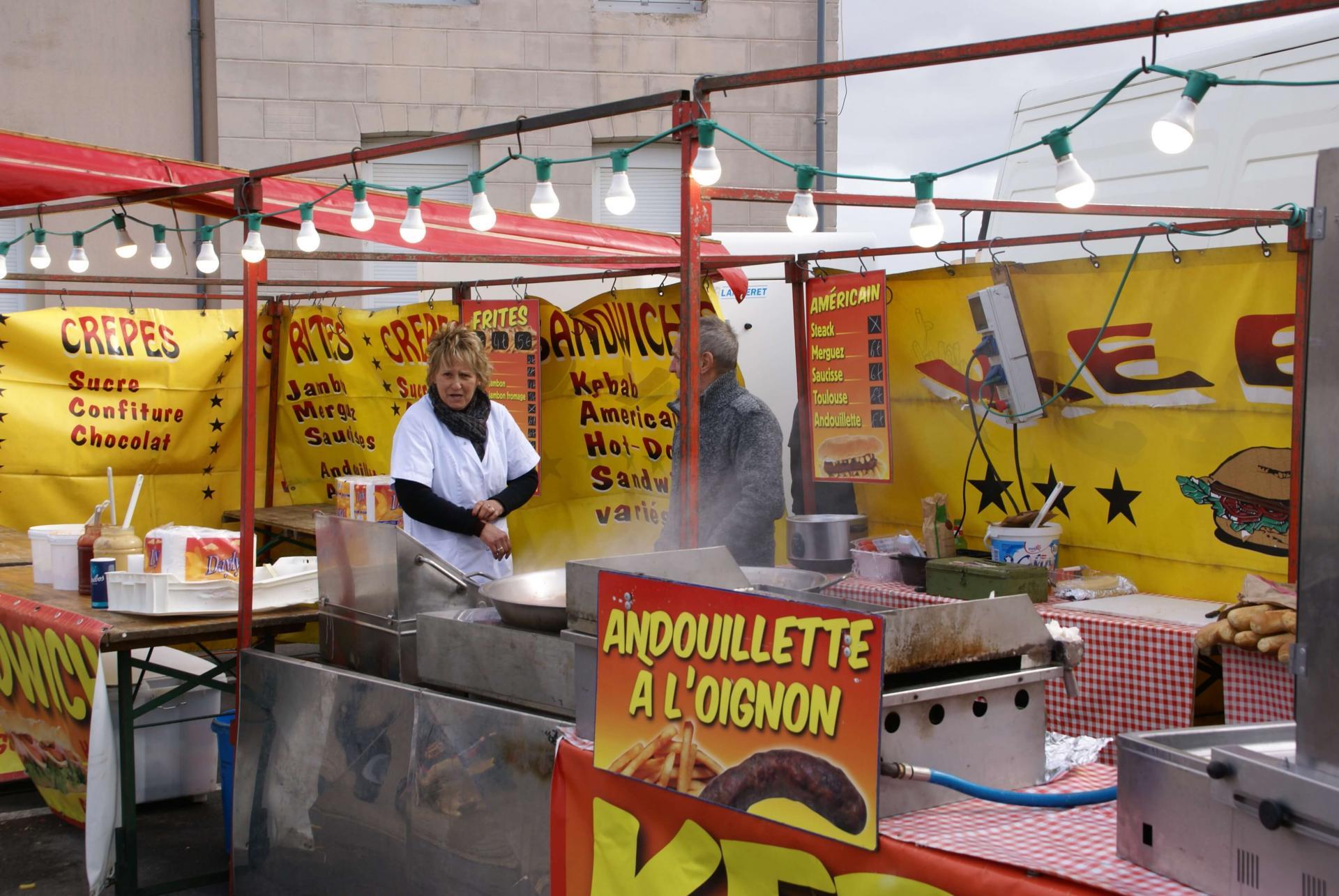 Pour la restauration avant le défilé du carnaval